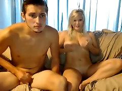 black poosi blond tits, suur rind ja puhtaks pügatud tuss mängib BF