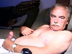 videos caseros vecina daddy wanking on cauch again