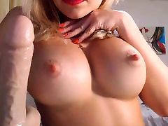 Blond butty flm firma, ümmargune tagumik ja beauty face girl handjob tissid kõvad nibud