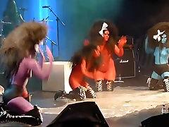 noro skupini barve telesa ženske javnih golih koncert fazi
