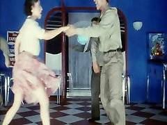 bella italia 80s voyeur dancing no panties sexy hairy girl
