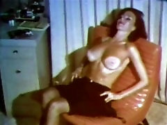 THUNDERTITS - vintage sxx mroc big boobs striptease stockings