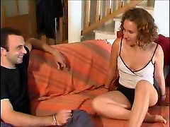 AMATEUR TEEN 22 blonde in threesome