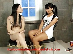 Foot hidden tug mausse Domination - Girl vs Girl Karina Cruel