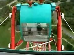 Javna Golota- Masturbira na Ferris Wheel