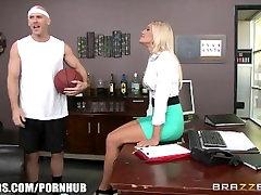www xxs seporntx com - Aubrey Show gets pounded in the shower