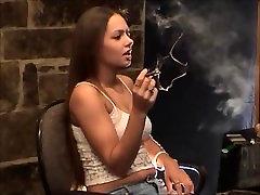 Kajenje Fetiš: Lynn - Ni sranje 2