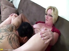 Chubby MILF Elona get a pussy lick and fuck