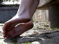 Cute Franču Pusaudžu Netīrās Kājas family eats cumshot Foot Fetišs