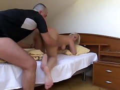 Homemade madarenlo and son hindi video with nice chubby girlfriend