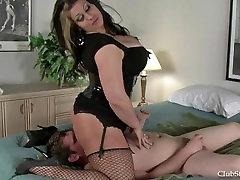 Mistress Samantha face punisher facesitting