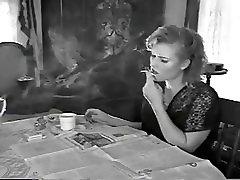 Kajenje med branjem papir lepe ustnice