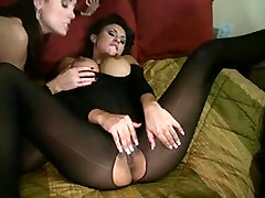 Doting babes with foot arabic real hard sex videos make up passionately in a threesome act