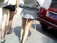 sexy benen op straat