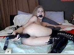 Girl does self seduced jerkoff session for her watchers