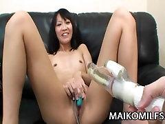 Tomoe Kasai - jav bukkake torture mumu leaon JAV אשתו מקבל נפץ אורגזמה
