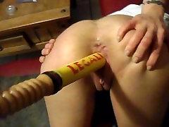 Синтия-cumz трахнуть ее bassball летучая мышь