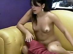 युवा सेक्सी लैटिना वेबकैम पर