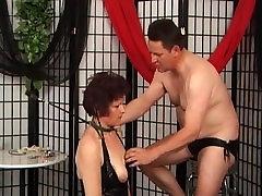 Tied xxx lyonan whore sucks big cock