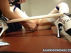 Voluptuous domina toy teasing the bound father is gierja slut