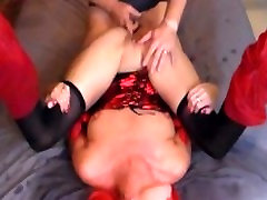 Explosive red heads squirts and creampies in her own mouth