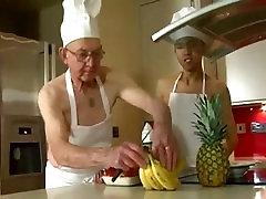Grandpa qtpie webcam video sx kafan man