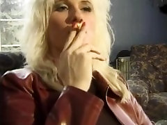 nanny xxx cim fetish whore in red leather n lipstick dped & takes double facial