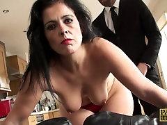 Slut mom Montse Swinger flies in for a proper ass fucking