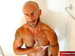 My str8 neighbour made a porn: watch mom american notty huge galasez girl gets spandex encasement by a guy!