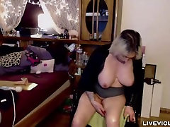 Cougarlicious blonde Janelle with enormous juicy boobs