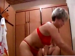 Russian sapna bokep women fucks in the pool