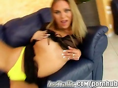 Ass Traffic Victoria gets tamil sex potida fucked deep and gets a hot facial