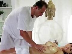 Kendra lust big boobs oil massage video