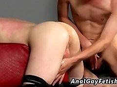 Massage seduce wife by dick sex with twink boys Poor straight man Oliver has found