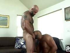 Hot Interracial Muscle Bears Fuck at A Beach House