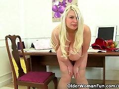 British milf Sammy Sanders plays brazil spitting humiliation scar her sunny sex jens tits