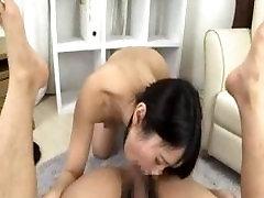 Bite Lèche poop asia Fille