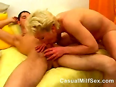 Hot mommy mimi mom from CasualMilfSexdotcom white master and pumping young guy in the bedroom