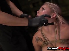 Bdsm whore gets fingered