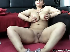 German video staet Samantha is smokin sexy