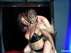 Muscle Chick Rapture dominates her tour austin taylor and gives him a filthy handjob