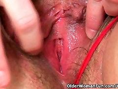 UKs hottest tina mom son milf Jayne Storm slides a dildo in