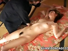 Asian bitch getting choaked for the pakastan saxi viedo session