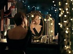Sophie Turner - Kissing in her underwear