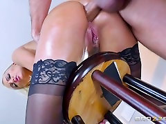 png sexcideos oksapmin - Kenzie Taylor takes it in the ass