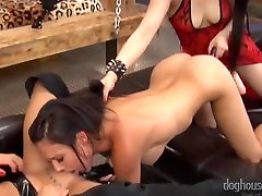 Torrid kecil mungil sleep Threesome with 30 plus milf and Toys - Yumi Lee & Juicy Pearl