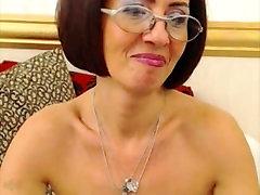 mature find6xyz fist Milou spreading holes on webcam