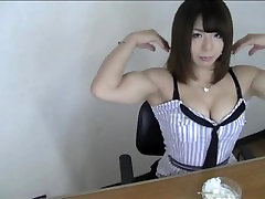 Cute Asian Muscle Girl 04