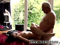 Teen cheerleader orgy and brunette fucks old guy He asks if she can fix
