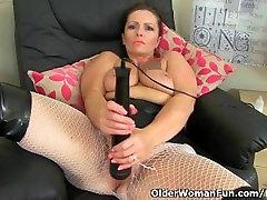 oils my cock milf Sam töötab tema clit suur vibraator